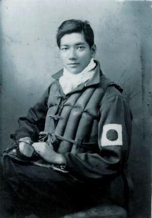 写真1:九州の出水基地で撮影された23歳の高橋淳さんの写真。