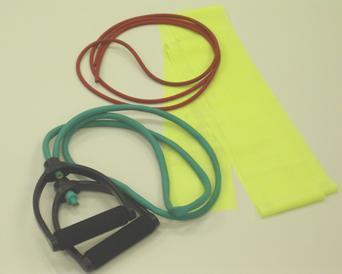 写真1:チューブトレーニングで使用するゴムチューブの写真。取っ手のついたものや薄い生地のタイプなど種類がある